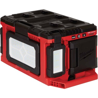Milwaukee M18 18 Volt Lithium-Ion PACKOUT Corded/Cordless Work Light/Charger