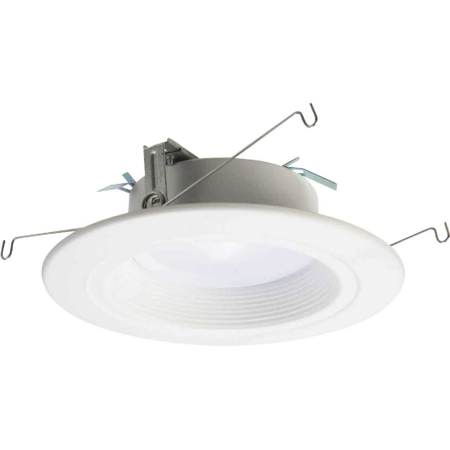 Halo 5/6 In. New Construction/Remodel Color Temperature Changing Retrofit LED Kit, 600 Lumens (California Compliant) Image 1