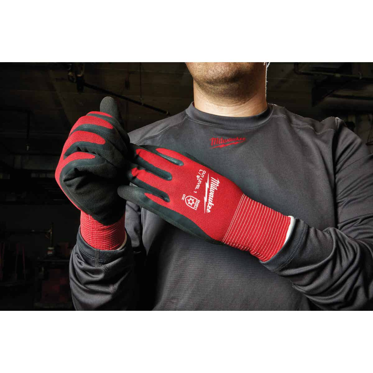Milwaukee Men's L Latex Coated Cut Level 1 Insulated Work Glove Image 2